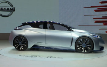 Nissan - Imagine 2020 and 2040 Future - [Image by Nissan]