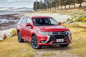 2017 Mitsubishi PHEV Released
